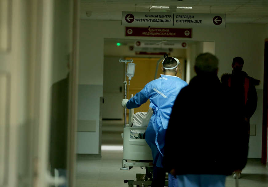 PREMINULA DVA PACIJENTA Testirano 720 uzoraka u Unsko-sanskom kantonu, 32 osobe zaražene