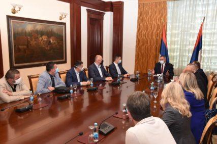 Višković sa odbornicima: Za područje Banjaluke projekti vrijedni preko 50 miliona maraka