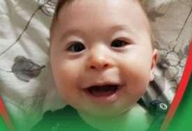 Vukan je DJEČAK OLUJA: Mališan ima sindrom zbog kog i dalje ne sjedi i otežano se hrani, potrebna mu je pomoć za liječenje