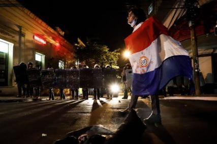 ZDRAVSTVENI SISTEM PRED KOLAPSOM Predsjednik Paragvaja smijenio tri ministra nakon protesta zbog kovida