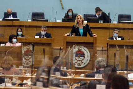 """""""SMETNJA RAZVOJU BiH"""" Željka Cvijanović poručila da su visoki predstavnici nastrojeni protiv Srpske"""