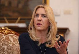 """""""PRESTANITE PLAKATI PO AMBASADAMA"""" Cvijanovićeva reagovala na poziv SDA da se uvedu sankcije Dodiku"""