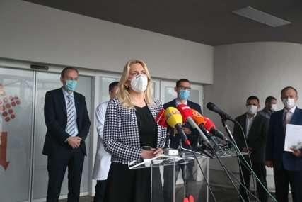 """""""SVI TREBA DA POMOGNEMO ZDRAVSTVO"""" Cvijanovićeva poručila da za liječenje kovid pacijenata neće nedostajati novca (FOTO)"""