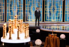 """ODRŽANA VIRTUELNA CEREMONIJA Zlatni globus za filmove """"Zemlja nomada"""" i """"Borat 2"""""""