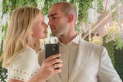 """UDALA SE SRPSKA MANEKENKA U Kaliforniji stala na """"ludi kamen"""", a tokom ceremonije vjenčanja nije nosila vjenčanicu (FOTO)"""