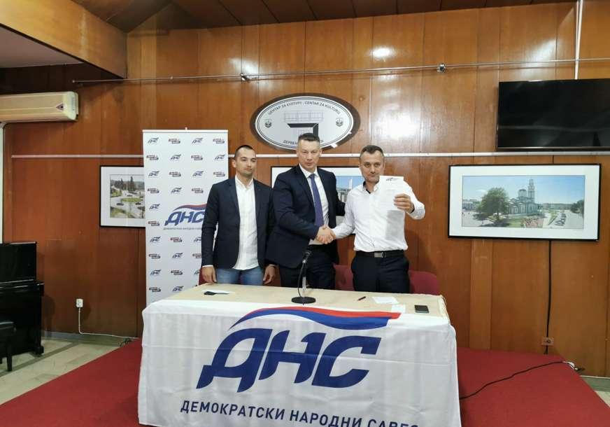 """""""Istinska politika za dobrobit Srpske"""" Predsjednik Skupštine grada Derventa prešao u DNS"""