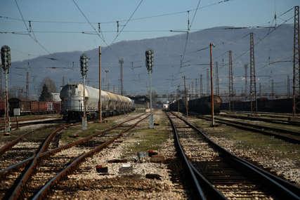 Nesreća u blizini pružnog prelaza: Teretni voz naletio na pješaka u Hrvatskoj, od siline udara smrtno stradao