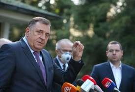 """Dodik uoči posjete rukovodstva Srbije """"Razgovaraćemo o realizaciji značajnih projekata"""""""