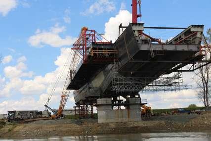 POSAO OD 250 MILIONA EVRA Napreduje izgradnja mosta preko Save na dionici Sremska Rača-Kuzmin