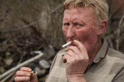 Sam u selu, među ruševinama: Žućo već 23 godine nema komšija 20 kilometara uokolo (FOTO)