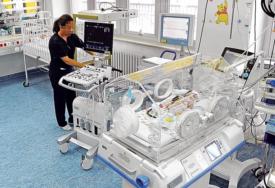 Beba od dva mjeseca oboljela od korone: Iz bolnice u Kikindi se oglasili o stanju najmlađeg pacijenta
