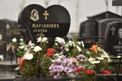 Jelena Marjanović je ubijena prije pet godina: Poruka koju je kćerka Jana ostavila na njenom grobu KIDA DUŠU