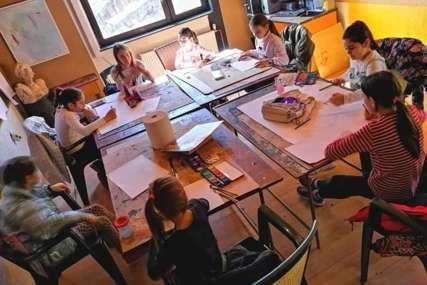 Pozivaju zainteresovane da se pridruže: Slikarske radionice u NUB Republike Srspke