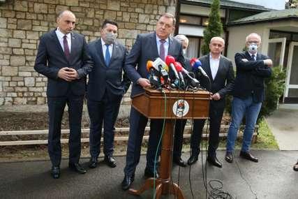 Dodik nakon sastanka vladajuće koalicije u Srpskoj: U NSRS ćemo formirati tim za pregovore sa FBiH (FOTO)