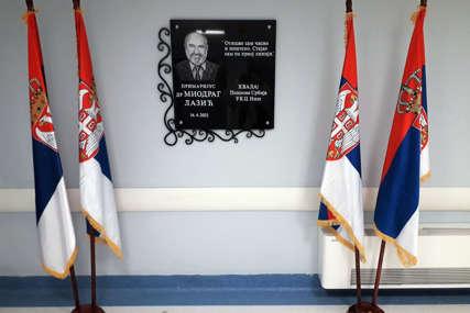 U ČAST LJEKARU HEROJU Otkrivena spomen-ploča doktoru Miodragu Laziću u Urgentnom centru u Nišu