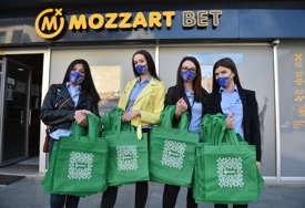 Čuvajmo životnu sredinu: Mozzart dijelio cegere Banjalučanima