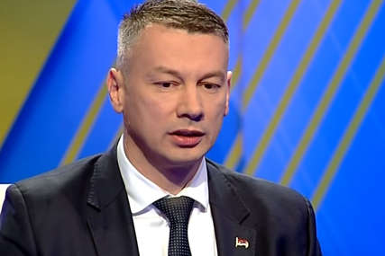 Nešić odgovorio Izetbegoviću: Nabavite vakcine i spasite živote, a ne pozivajte na rat