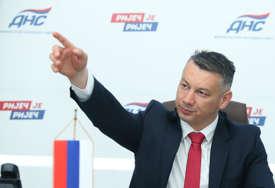 """""""Nesposobna vlast usred krize UVODI NOVE NAMETE"""" Nešić prozvao Vidovićevu i Tegeltiju"""