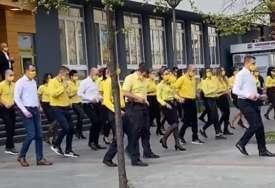 """RASPLESANI POŠTARI Objavljen novi snimak """"Jerusalema"""" plesa u Banjaluci (VIDEO)"""
