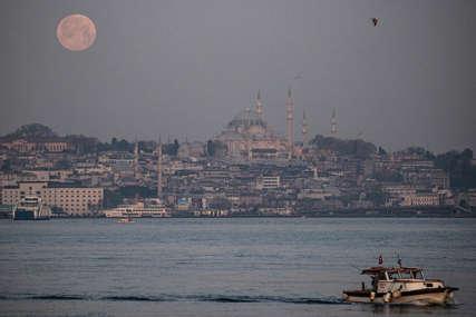 Potpuno zatvaranje zemlje: Turisti u Turskoj izuzeti od restriktivnih mjera