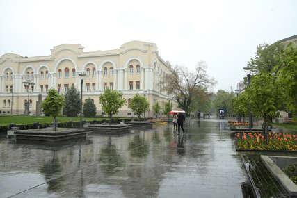 PROMJENJIVO VIJEME NAREDNOG DANA Sutra oblačno uz kišu i grmljavinu, uveče razvedravanje