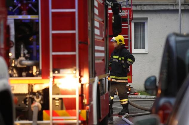 Reagovali vatrogasci: Izbio požar u Šipovu