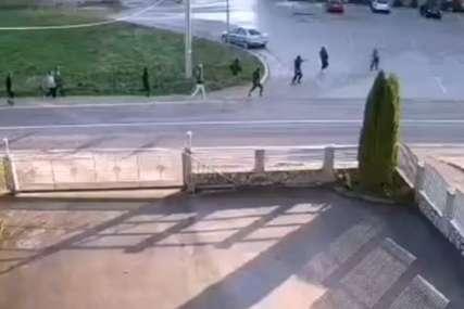 Teže povrijeđeno dijete (8): Objavljen snimak sukoba migranata u Velikoj Kladuši