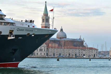 Usvojena nova odluka: Kruzeri više ne mogu u centar Venecije