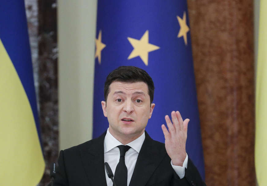 "Zelenski poslao poruku Rusiji ""Ukrajina ne želi rat, ali je spremna za njega"""
