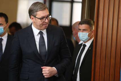 """Vučić o krivičnoj prijavi koja je podnijeta protiv njega """"Spreman sam da budem prikopčan za tu mašinu"""""""
