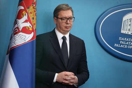 Vučić poručio Izetbegoviću: Srbija ne proizvodi nestabilnost, nego oni koji pričaju o ukidanju Republike Srpske