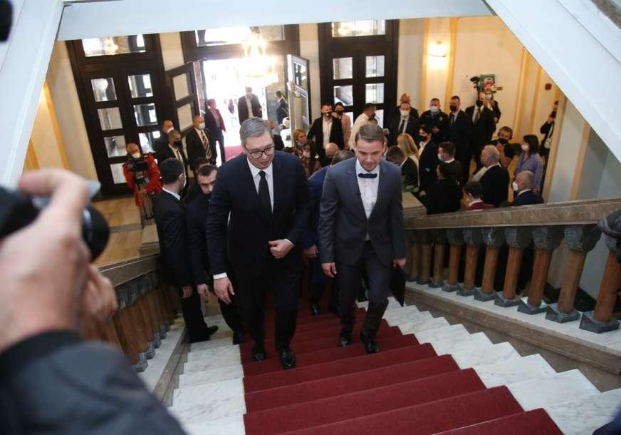 IZNENADNI SASTANAK Vučić iza zatvorenih vrata sa Dodikom, Stanivukovićem i Ilićem (FOTO)