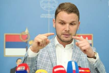 """""""Narod povrati, kada mu spomenete stranke"""" Stanivuković ponovo o  nadpartijskom pokretu, a evo šta kažu lideri PDP, SDS i DNS"""