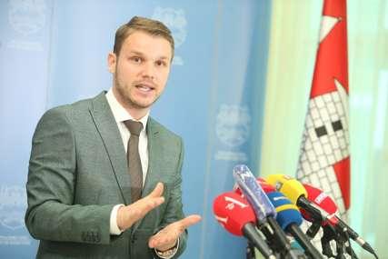 """""""Da imam zamjenika, on bi radio dio posla"""" Stanivuković poručio Iliću da nije njegova krivica što kasne materijali"""