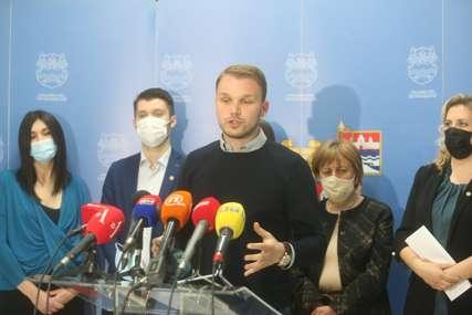 """""""NJIHOVI AMANDMANI KRŠE ZAKON"""" Stanivuković poručio da je grad izašao iz blokade, poteze odbornika nazvao sramotnim"""