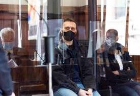 PRESUDU SLUŠAO U KAVEZU Igor Srbin proglašen krivim za troustruko ubistvo
