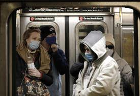 """""""U budućnosti sebe više NE VIDIM BEZ MASKE"""" Nastavnik od početka pandemije nijednom nije kinuo, ova mjera protiv virusa mu ne predstavlja nikakav problem"""