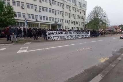 """""""Najstrožije kazne za Duletove ubice"""" Navijači  Borca poslali oštru poruku pred suđenje Daliboru Čemberu"""