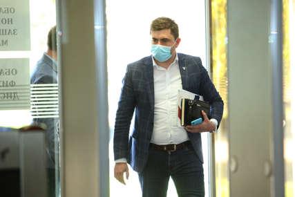 Na ličnom primjeru ukazao važnost imunizacije: Vakcinisao se i gradonačelnik Bijeljine