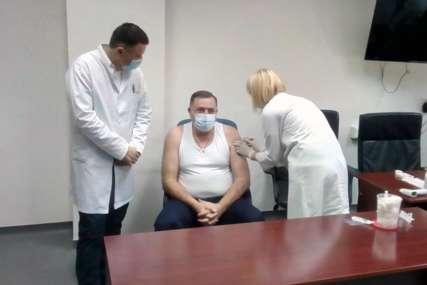 """PRIMIO """"SPUTNJIK VE"""" Dodik: Vakcinacija jedino pravo rješenje u sprečavanju virusa"""