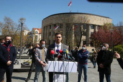 """""""Varaju se da će zaustaviti naše nezadovoljstvo"""" Ugostitelji u Srpskoj ne odustaju od protesta (FOTO)"""