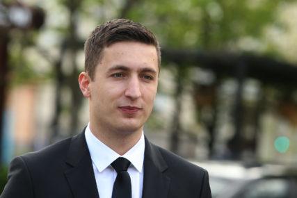 """""""NEĆE NAS POKOLEBATI"""" Ilić optužuje Stanivukovića da pokušava degradirati gradski parlament"""