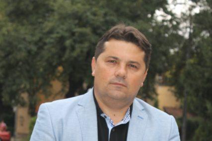 """Stevandić Kalabuhovu čestitao Dan Rusije """"Vaša zemlja je dala veliki doprinos Srpskoj i BiH"""""""