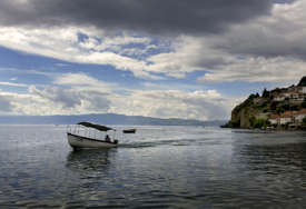 BIZNIS MODEL Hoteli u Ohridu i Strugi odobrili specijalan popust za Srbe