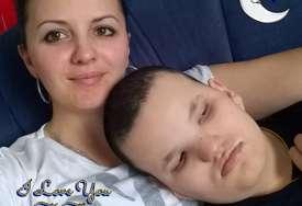 """""""Svako jutro provjeravam da li diše"""" Miljevići se 17 godina bore za izlječenje sina od rijetke bolesti (FOTO)"""