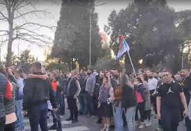 Traže izvinjenje od Krivokapića: Grupa građana ponovo blokirala put Nikšić - Podgorica
