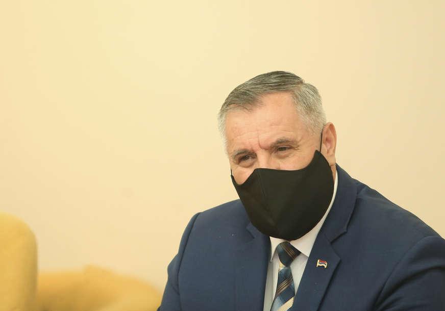 """Višković sa predstavnicima Unije udruženja poslodavaca """"Cilj da se zaštiti ekonomija i sačuvaju radna mjesta"""""""