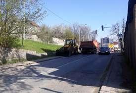 OBUSTAVLJEN SAOBRAĆAJ DO 7. JUNA  Počela obnova puta od Lauša prema Srpskim Toplicama