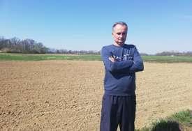 """Semberac uzgaja """"super biljku"""": Konoplja šansa za mala i srednja gazdinstva u Srpskoj"""