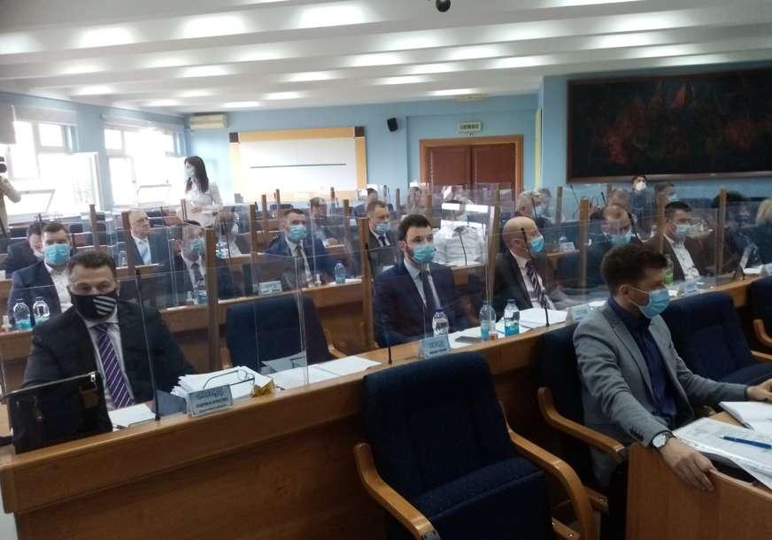 Nakon propadanja 1.342 vakcine: Odbornici razmatraju ostavku direktora Doma zdravlja Prijedor